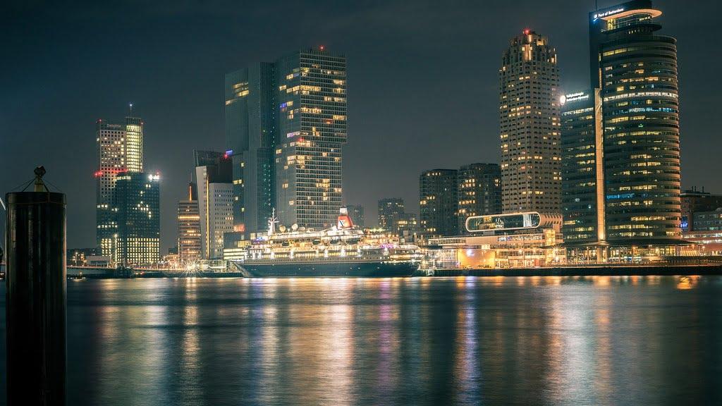 GoRocket Rotterdam skyline